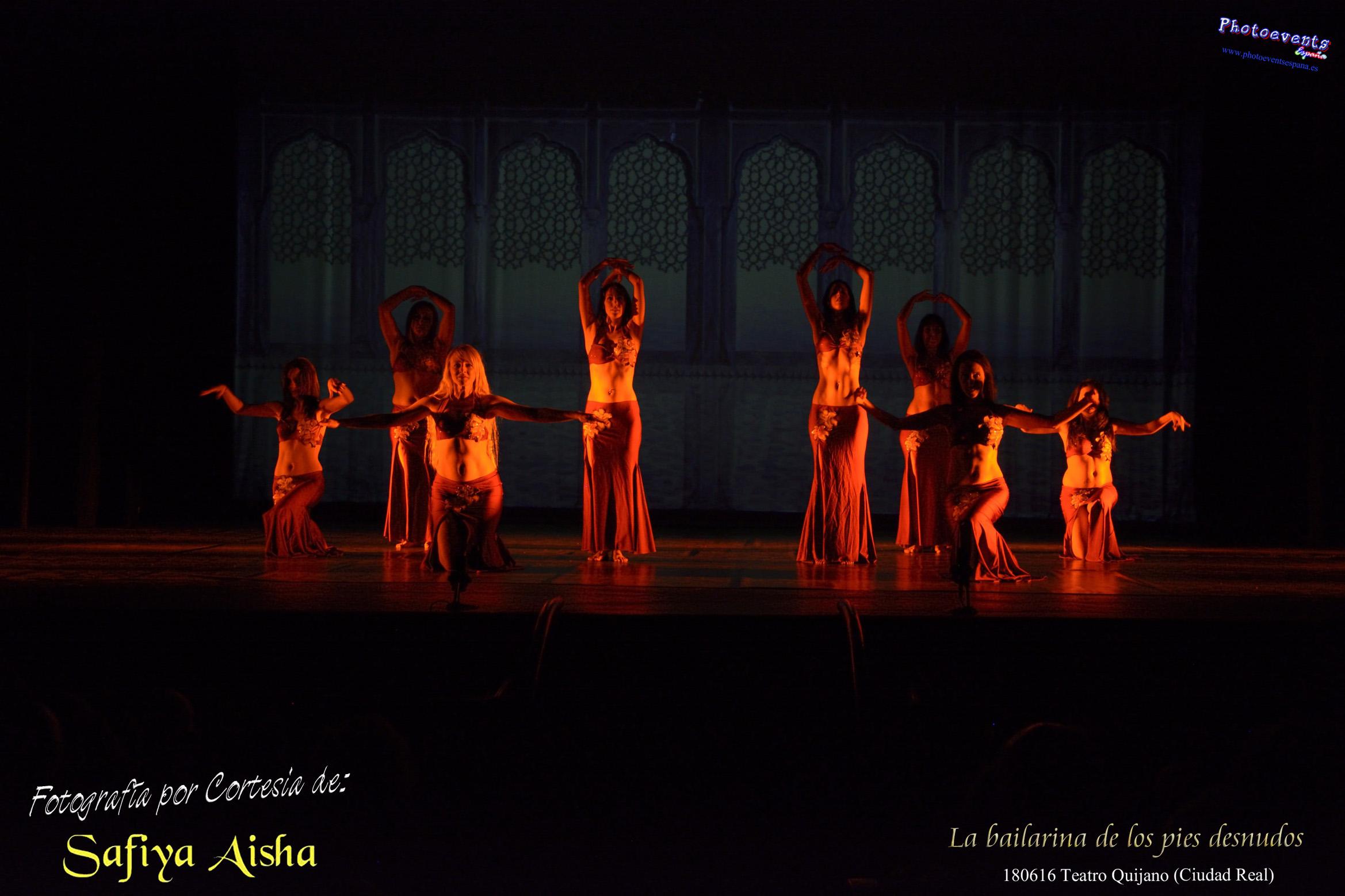 """Safiya Aisha """"La bailarina de los pies desnudos"""" Teatro Quijano de Ciudad Real."""